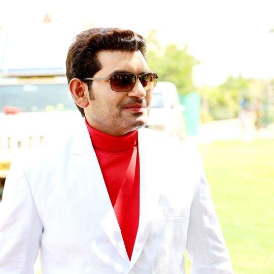 Rahul Boss And  Karnika Mandal Starrer Sanam Mere Sanam Romantic Song Released on Ultra Cinema